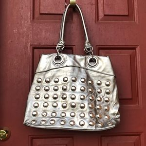 Handbags - 🌸 Silver jeweled shoulderbag